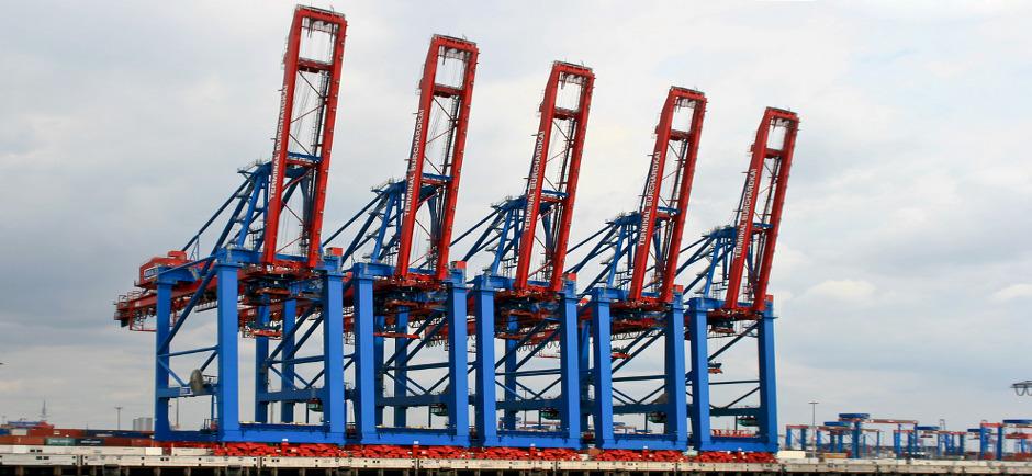harbour-cranes-621501_1280-1
